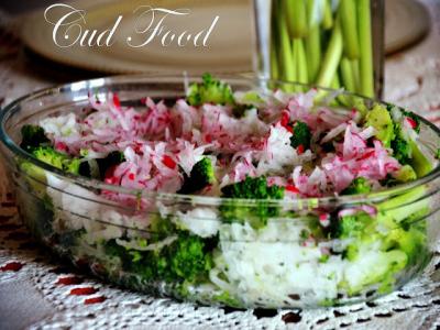 Jesienna energia, czyli sałatka z brokułem i rzodkwią